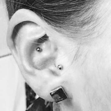 Piercing (1)